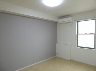 エアコン付き洋室