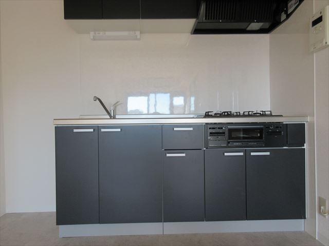 新規交換済みのキッチンです。