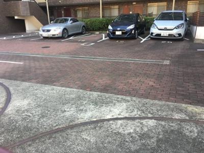 【駐車場】ゼフィール芦屋
