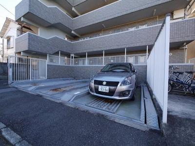 【駐車場】ヒルズ青山