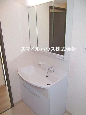 【独立洗面台】センチュリー鴻巣第三
