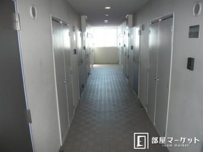 【ロビー】ラ・メゾン・ドゥ日名中町