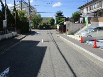 【前面道路含む現地写真】神戸市垂水区本多聞6丁目新築戸建
