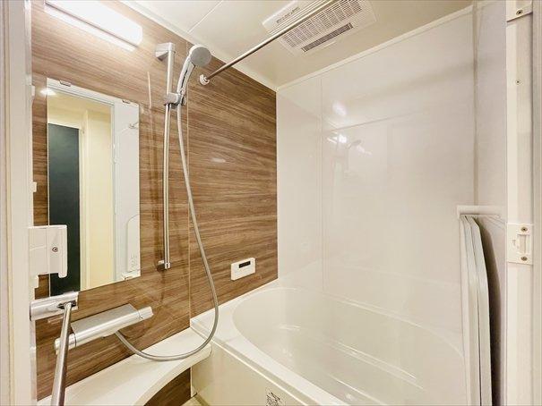 マンションでつけておきたい設備、第一位「浴室乾燥機」! 雨が多い日本には必須の設備がついています!
