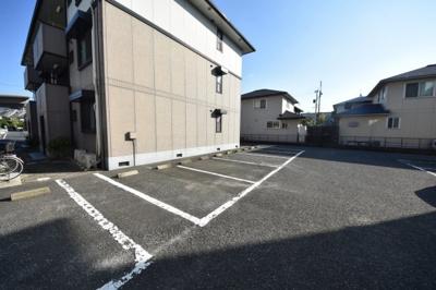 【駐車場】グレイス・イナミツ A棟