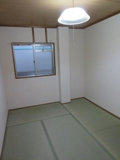 【和室】満室想定10パーセント!角地の一棟収益アパート