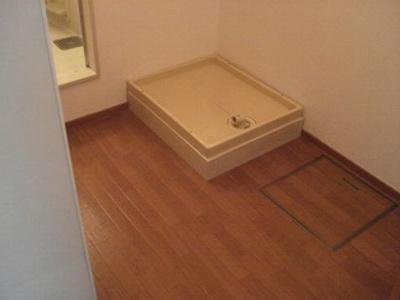 洗濯機置場は室内