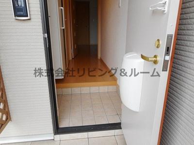 【玄関】クレーデレドーノタカ&ヨッシー