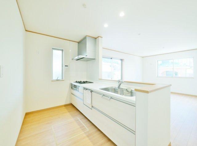 【前面道路含む現地写真】板橋区赤塚4丁目 限定1棟