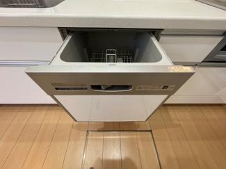 家事を効率的にこなす、食洗器が付いています