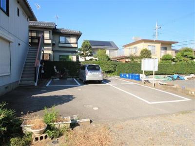 駐車場2台付き☆(縦列あり)