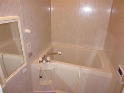 【浴室】コリーヌ