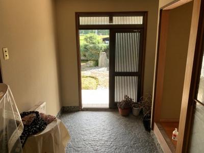【玄関】西脇市富吉上町中古住宅880万