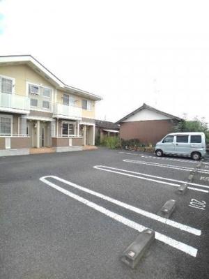 【駐車場】デフィ平井