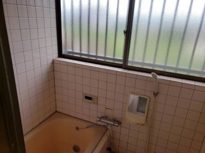 浴室に窓があり換気良好