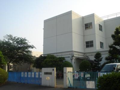 川崎市立片平小学校まで461m