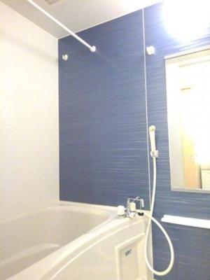 【浴室】サクラスクエア イ-スト