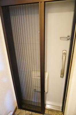 玄関スライド網戸