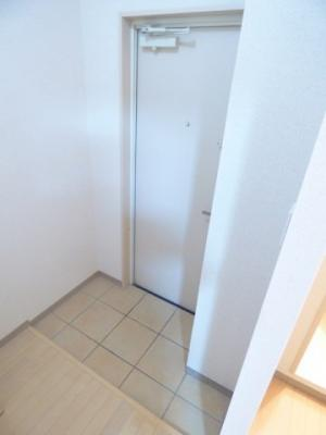 【玄関】サンビルダーパールビル