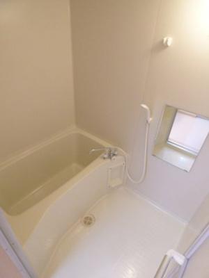 【浴室】サンビルダーパールビル