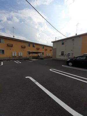 【駐車場】グロリオサ