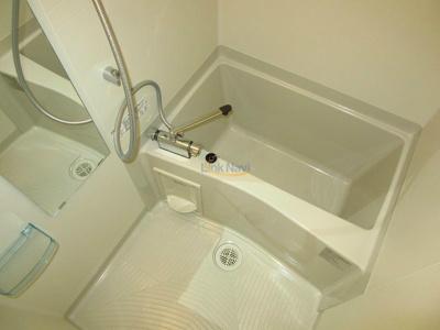 【浴室】クリスタルグランツ西本町