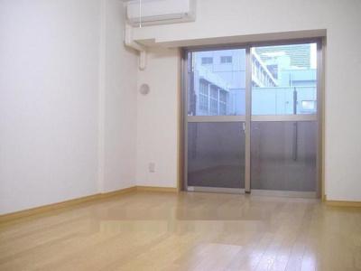 【寝室】ル・リオン上野ステーションコート