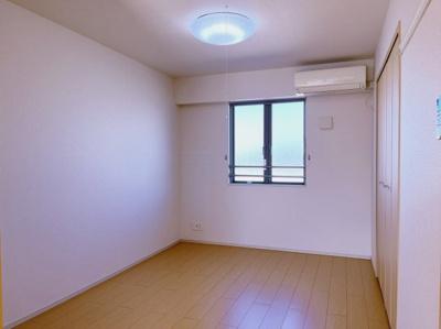 寝室です 【COCO SMILE ココスマイル】