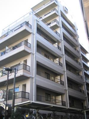 横浜駅より平坦な道のりのマンションです。
