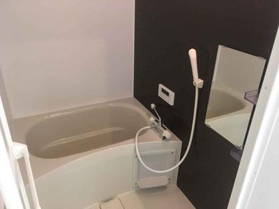【浴室】満室稼働中!鶴橋エリアの築浅一棟マンション