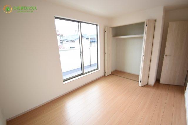 収納スペースもあるので、お部屋がきれいに片付けられます