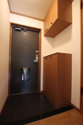 【玄関】ラペル・シャトー