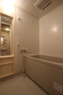 【浴室】ラペル・シャトー