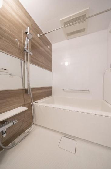 ガラ・ステーション東日本橋:浴室乾燥機・追い焚き機能付き浴室です!