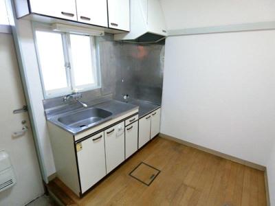 【キッチン】メゾン本町