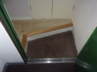 【玄関】モアクレスト亀戸