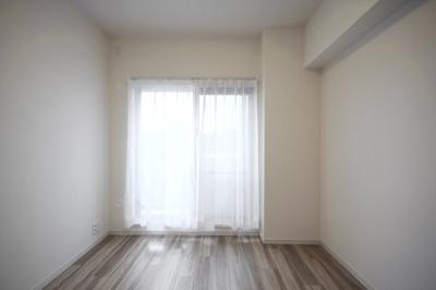 【洋室】クリオ新子安六番館