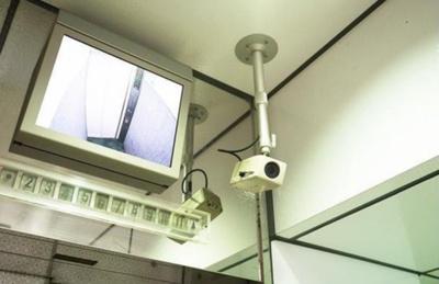 菱和パレス若松町の防犯カメラです。