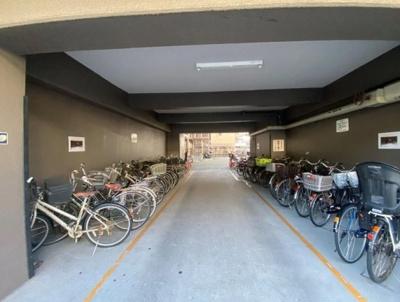ライネスハイム大森の駐輪場です。