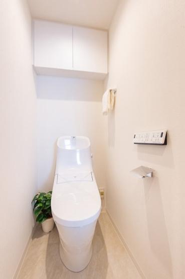 トイレも新規交換につき快適にお使いいただけます