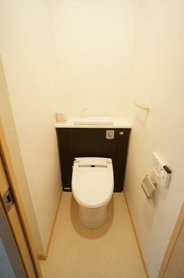 【トイレ】イーストリバティーⅤ