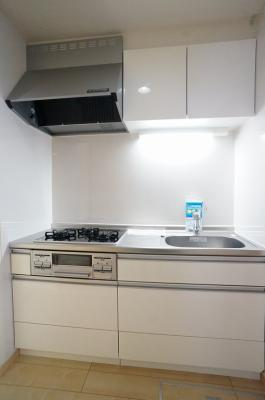 【キッチン】イーストリバティーⅤ