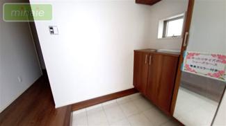 来客時にも便利な和室付き 同仕様施工例