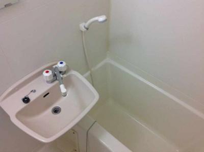 【浴室】レオパレスメルベーユⅡ