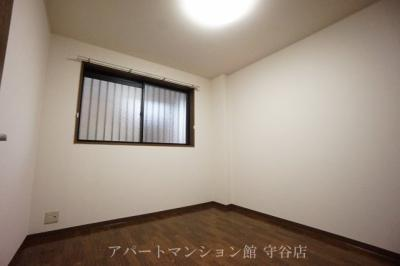 ファミリーマート取手戸頭七丁目店まで759m