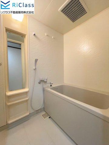 浴室乾燥機付きのお風呂です
