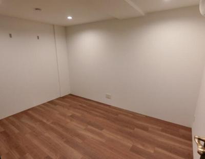【寝室】LEGALAND高田馬場