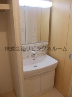 【独立洗面台】グランファミーユ