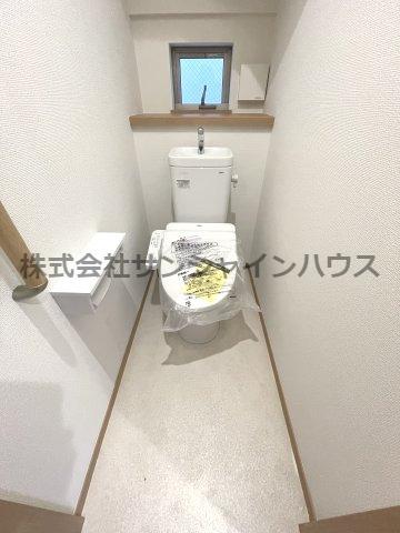1F・2Fのトイレはどちらもウォシュレット機能付き。