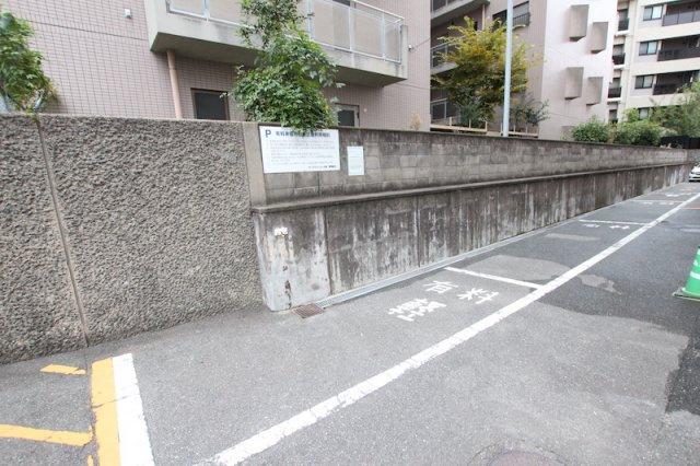 【駐車場】ローズマンション大濠